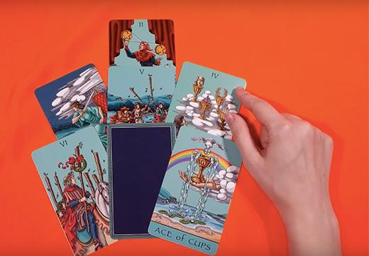 """Карты Таро: """"Гадание онлайн бесплатно на любовь"""""""