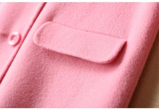 Розовое шерстяное пальто