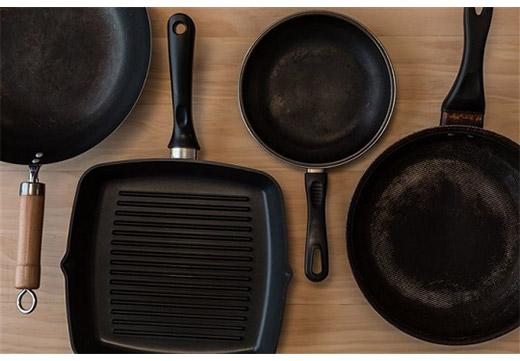 разные формы сковородок