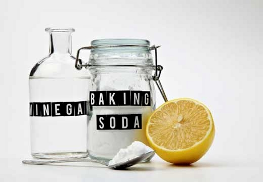 уксус и банка соды