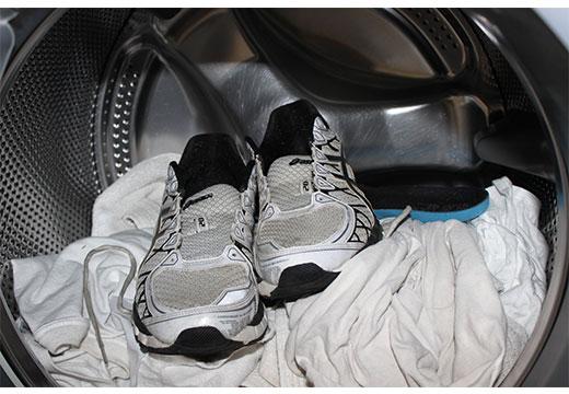 4dbc30f2b Как стирать кроссовки в стиральной машине, чтобы не испортить
