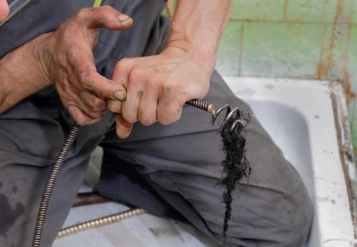 грязь трос для прочистки труб